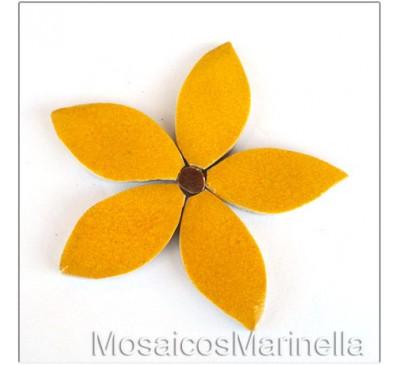 Flor Amarelo intenso