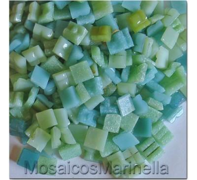 Pastilha de vidro corte manual verde água