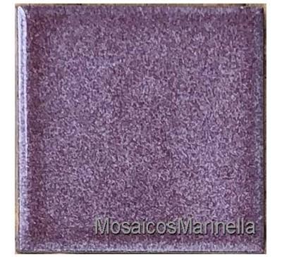 Peça de cerâmica  violeta 7,5x7,5